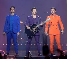 The Jonas Brothers Jonas Brothers, Nick Jonas, Upcoming Events, Robert Pattinson, Music Artists, Tan Suits, Hot Guys, Miami, Blazer