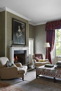 Relaxed traditional antique fireside drawing room in Georgian home Great Room Living Georgian TraditionalNeoclassical by VSP Interiors Traditional Interior, Modern Interior, Home Interior Design, Traditional Design, Georgian Style Homes, Drawing Room Interior, Victorian Living Room, Georgian Interiors, Interior Design Portfolios
