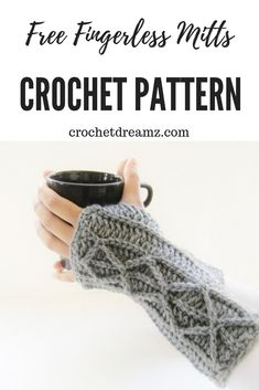 Figerless Gloves Crochet Pattern with Faux Cables A fingerless gloves crochet pattern embellished with faux cables. This crochet is perfect for beginners. Make a pair and you will be addicted. Crochet Fingerless Gloves Free Pattern, Crochet Beanie Pattern, Fingerless Mitts, Crochet Mittens, Crochet Gifts, Crochet Scarves, Crochet Clothes, Crochet Stitches, Beginner Crochet Tutorial