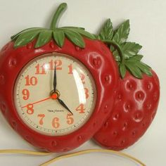 All of kitchens require a great kitchen wall clock as part of their cooking gear, but they're also a chance to better your décor and reflect your character. You will find ornamental kitchen wall clocks in any style you might… Continue Reading → Room Ideas Bedroom, Bedroom Inspo, Dream Bedroom, Bedroom Decor, My New Room, My Room, Strawberry Kitchen, Strawberry Jam, Strawberry Dress