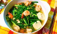 Cách làm món canh tôm đậu phụ nấu lá hẹ thơm ngon - http://congthucmonngon.com/182940/cach-lam-mon-canh-tom-dau-phu-nau-la-thom-ngon.html