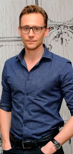 Tom Hiddleston attends AOL BUILD presents 'Crimson Peak' at AOL Studios In New York on October 16, 2015 in New York City. Full size image: http://ww2.sinaimg.cn/large/6e14d388gw1expbwlcl8kj21q12bckjl.jpg Source: Torilla, Weibo