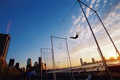Fly on a Trapeze!