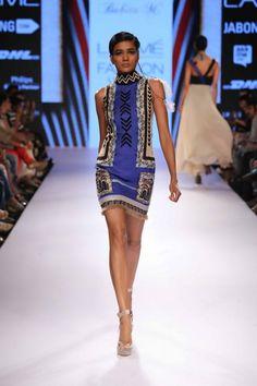 Lakmé Fashion Week – BABITA M AT LFW SR 2015