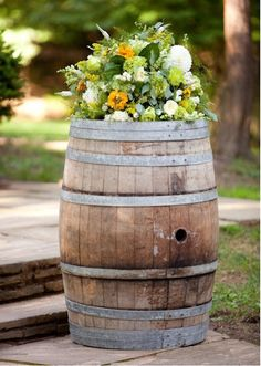 Barrels as perimeter markers? #ReStore Simpler plantings tho ... maybe just potato vines. Bam.