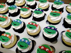 Emily's Delights: Teenage Mutant Ninja Turtle Cupcakes