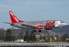 Boeing 737-377(QC) aircraft picture