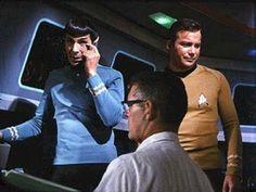 Star Trek Gallery - bts_shatner_nimoy.jpg
