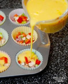 LOVE this Yummy and Simple way to make gluten free omelets for moms brunch in! Mini Omelet Muffins {Gluten Free} 12 eggs (beaten and seasoned with salt and pepper) diced ham bacon green onions red bell pepper mushrooms shredded cheddar cheese Free Breakfast, Breakfast Dishes, Breakfast Recipes, School Breakfast, Breakfast Ideas, Breakfast Casserole, Gluten Free Muffins, Gluten Free Recipes, Think Food