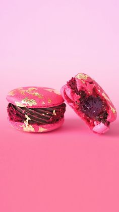 All that glitters may not be gold, but these macarons are the exception.