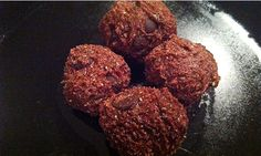Cooking With Chia: 5 Recipes Using The Mighty Chia Seed - No-Bake Chocolate Chia Peanut Butter Balls - Bodybuilding.com