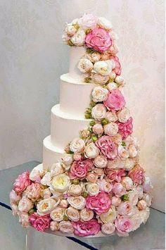 Bolos de casamento  espetaculares http://www.motherofthebride.com.br/2014/04/bolos-espetaculares-wedding-cake.html