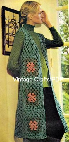 Transcendent Crochet a Solid Granny Square Ideas. Inconceivable Crochet a Solid Granny Square Ideas. Granny Square Crochet Pattern, Crochet Squares, Crochet Granny, Free Crochet, Knit Crochet, Crochet Patterns, Granny Squares, Knitting Patterns, Crochet Diagram