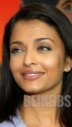 Actress Aishwarya Rai, Aishwarya Rai Bachchan, Loft House, Culture, Scorpion, Beautiful Ladies, Close Up, Ash, Faces