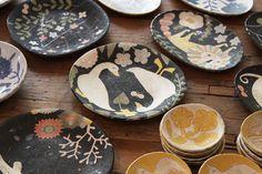 Plates by Makoto Kagoshima. I want to get it!