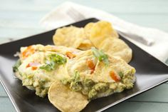 Guacamole Omelet ~ Recipe from Macheesmo Breakfast Omelette, Avocado Breakfast, Breakfast Recipes, Breakfast Ideas, Easy Omelet, Omelette Ideas, Healthy Omelette, Omelette Recipe, Guacamole