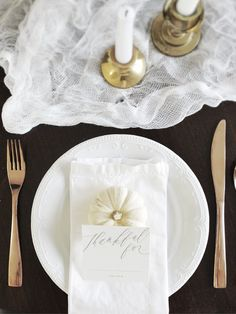 Natural and Chic Thanksgiving Inspiration - With Free Printable! : Saffron Avenue