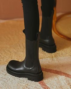 Heeled Boots, Shoe Boots, Ankle Boots, Block Heel Boots, Block Heels, Futuristic Shoes, Chelsea Boots Outfit, Grunge Shoes, Platform Boots