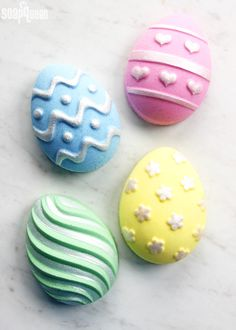 DIY Easter Egg Bath Bombs