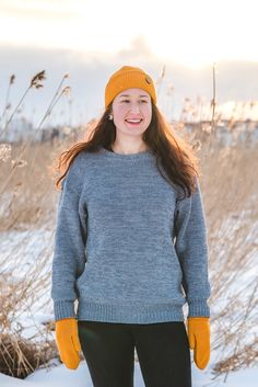 Cozy oversized merino wool sweater for Women. Grey sweater melange, hipster hiking look for outdoors. Chunky Oversized Sweater, Grey Sweater, Baby Seal, Merino Wool Sweater, Sustainable Fashion, Sweaters For Women, Hiking, Hipster, Turtle Neck