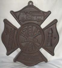 CAST IRON FIREMAN MALTESE CROSS HOME GARDEN DECOR SIGN PLAQUE! RUSTIC FINISH