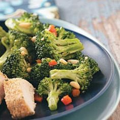 Quick Broccoli Side Dish Recipe -Italian seasoning and crunchy pine nuts really jazz up the flavor of this versatile veggie side dish. Broccoli Dishes, Broccoli Recipes, Vegetable Sides, Vegetable Side Dishes, Veggie Recipes, Vegetarian Recipes, Healthy Recipes, Fun Recipes, Healthy Cooking