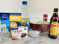 An amzing boozy bundt cake: this Chocolate Kahlua Cake recipe is so EASY! Start with a yellow cake mix and add in the extras. Cherry Bundt Cake Recipe, Bundt Cake Pan, Bundt Cakes, White Chocolate Raspberry Cake, Mini Chocolate Cake, Chocolate Desserts, Protein Cake, Cake Mixture, Deserts