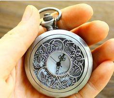 antique leaf pocket watch necklace di lazypigzbusiness su Etsy, $11,00