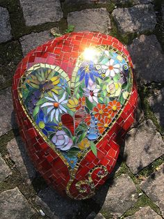 @Katie Schmeltzer Johnson  The House Nobody Wanted is going to need some of these mosaic rocks!
