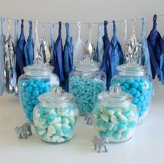 Kit ideal para organizar una Candy Bar de color azul.