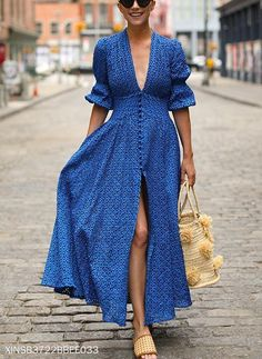 Women Sexy Deep V-Neck Maxi Dress - Herren- und Damenmode - Kleidung Mode Outfits, Fashion Outfits, Dress Fashion, Fashion Trends, Fashion Hacks, Fashion Sewing, Fashion Boots, Fashion Ideas, Summer Outfits