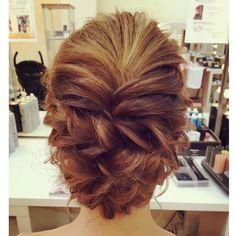 ツイストアップ💛💛 #hairmake #hairset #hairarrange #hairstyle #hair #ヘアセット #ヘアーアレンジ #ヘアメイク #ヘアメ #ヘアセット専門店 #川崎 #ツイスト編み #ルーズアップ #アップスタイル