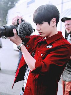 "Our professional photographer, incredible director of the ""golden closet"", Jeon Jungkook!!!!♡♡♡♡♡♡"