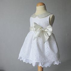 White Embroidered Christening Gown Baby Baptism por PopelineCo