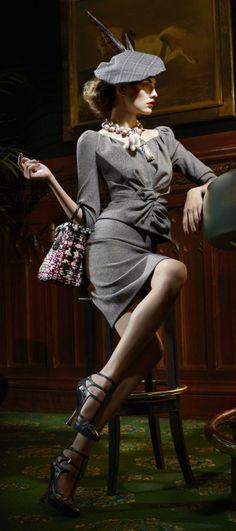 Moda Vintage Chic Retro Christian Dior Ideas For 2019 Glamour Vintage, Vintage Beauty, Vintage Models, 40s Mode, Retro Mode, Beauty Elegant, Classic Beauty, Elegant Nails, Classic Nails