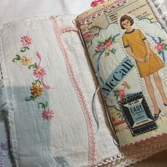 Thank you Marge from the beautiful TN and insert. It's beautiful I love it. Go have a look at Marge creations she does beautiful work. @washedashore.glass #fabrictravelersnotebook #vintagelinens #travellersnotebook