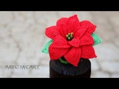 Stella di Natale all'uncinetto | How to crochet a poinsettia - YouTube