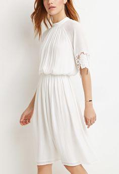 Contemporary Crochet Trim High-Neck Dress   LOVE21 - 2000172330