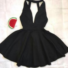 Back, straps, laces, strings Beautiful black dress Teen Fashion Outfits, Outfits For Teens, Trendy Outfits, Cool Outfits, Fashion Dresses, Mini Prom Dresses, Hoco Dresses, Dress Outfits, Casual Dresses