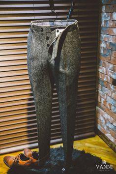 Mens Dress Trousers, Tweed Trousers, Men Dress, Costumes En Tweed, Tweed Run, Blue Suit Men, Designer Suits For Men, Stylish Mens Outfits, Well Dressed Men