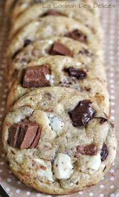 Cookies façon Subway® - La Casbah des Délices - Food and Drink Sweet Desserts, Sweet Recipes, Dessert Recipes, Love Eat, Love Food, Masterchef, Cookies Et Biscuits, Food Inspiration, Bakery
