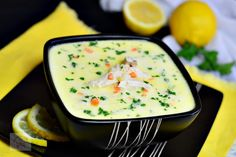Chicken soup with sour cream, seasoned with lemon. In Romanian Healthy Dinner Recipes, Soup Recipes, Cooking Recipes, Vegan Challenge, Vegan Curry, Vegan Meal Prep, Vegan Thanksgiving, Vegan Kitchen, Chicken Soup