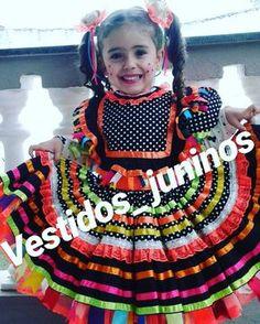 E as novidades de 2018 já estão chegando com tudo! E você já fez sua encomenda? Já estamos recebendo os pedidos... #vestidosjuninos #kids…