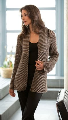 Glamour Jacket in Lion Brand Vanna's Glamour - L10351. Discover more Patterns by Lion Brand at LoveKnitting. The world's largest range of knitting supplies - we stock patterns, yarn, needles and books from all of your favorite brands.
