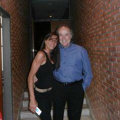 Serrat con Karina Milano en La Plata(2015) Comparte Karina Milano.