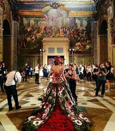 separation shoes 2908c 9a548 29 fantastiche immagini su La sfilata di Dolce e Gabbana nei ...