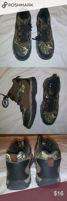 Ozark Trails mountain boots Excellent condition camo print with eyehooks. Anthropologie Shoes Boots