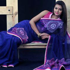 পোশাকে ফ্যাশন এ এই বর্ষা  http://www.stylenews24.com/news/details/471/পোশাকে-ফ্যাশন-এ-এই-বর্ষা-#.U6abmNySwp4