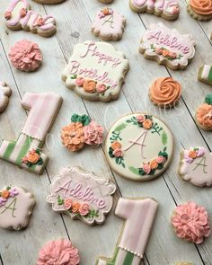 Floral first birthday set by Raining Cookies