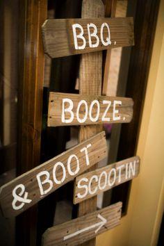 Wedding decor, wedding sign, country wedding #garriottwedding